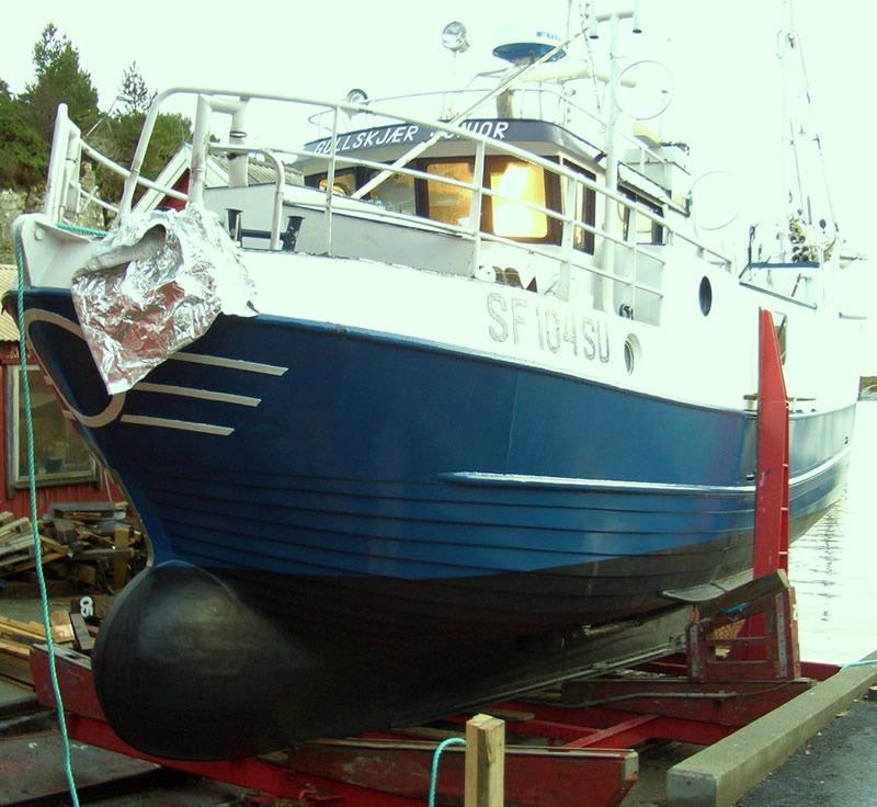 Seljestokken båtverksted bygger bulb på sjark