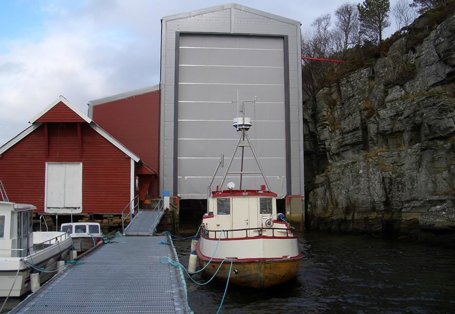 Seljestokken båtverksted sin isolerte hall