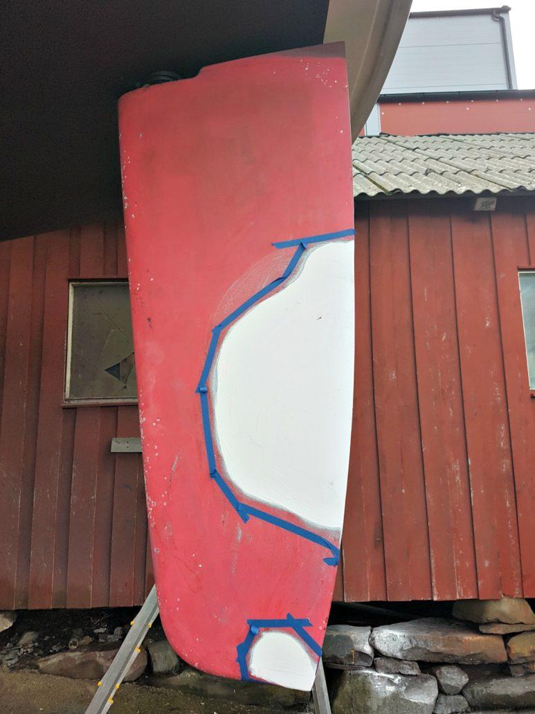 Seljestokken båtverksted reparerer et ødelagt ror