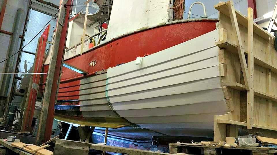 Ombygging av tverrhekk Seljestokken båtverksted